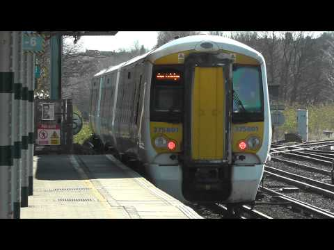 Two Southeastern Trains at Redhill 16/03/14