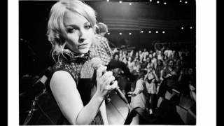Watch Kate Miller-Heidke Monster video