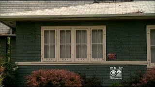 2 Investigators: City Won't Let Couple Tear Down Condemned House