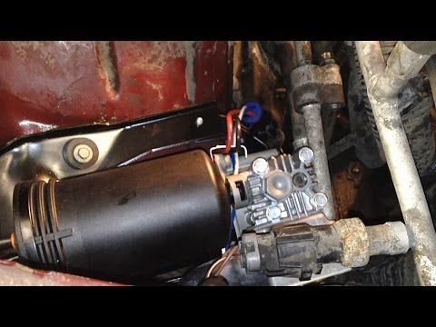 how to change air compressor on a 2006 ford freestar