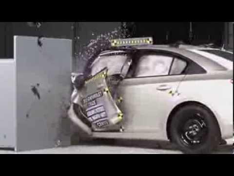 Chevrolet Cruze 2013, краш-тесты