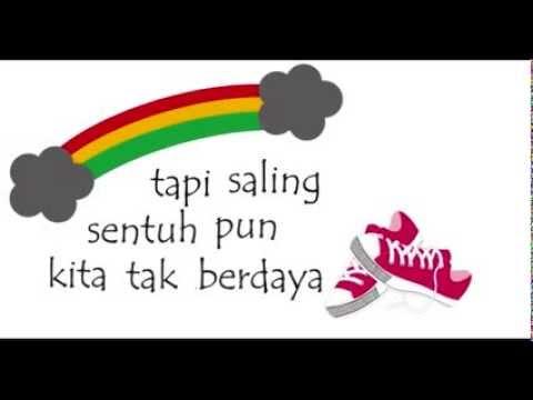 download lagu Tulus - Sepatu ( lirik video ) gratis