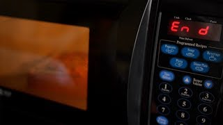 Five Surprising Things You Shouldn't Put in the Microwave
