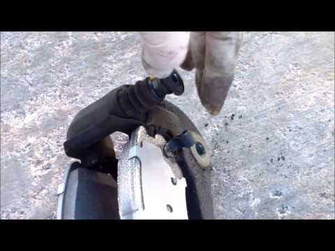 DIY How to replace install front brake pads 2005 Hyundai Sonata