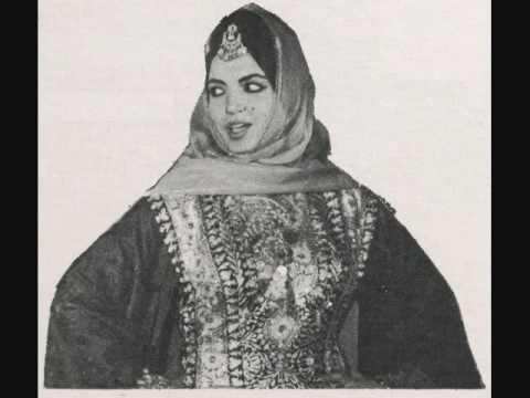 Samira tawfik lamma yeghib el gamar youtube for Samira tawfik nue