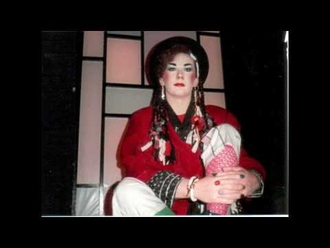 BOY GEORGE'S WAX STATUE MADAME TUSSAUDS 80'S