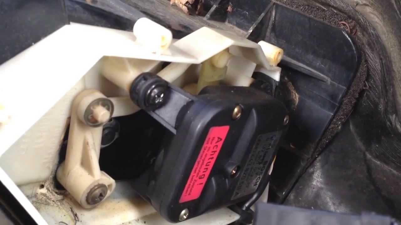 Funktion Stellmotor Temperaturregelklappe Stauklappe Klimaanlage Servo im Audi 100 200 V8 - YouTube