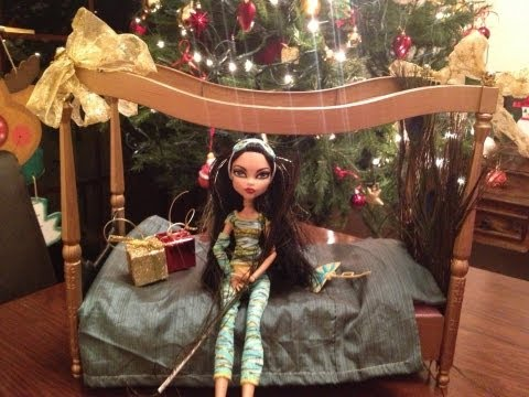 Monster high Cleo De Nile custom bed make it