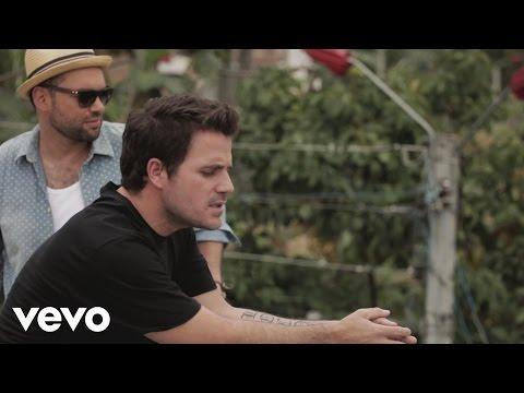 Santiago Cruz - Una Historia Diferente ft. Dani Martin