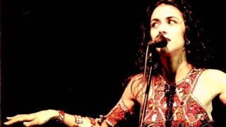 Watch Marisa Monte Ensaboa video