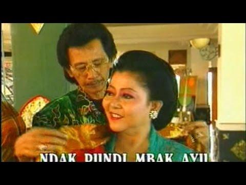Rondo Kempling - Mus Mulyadi & Waldjinah