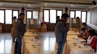 Venkatesh Daggubati Cast His Vote@ Telangana Elections 2018