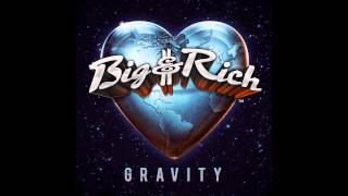 Watch Big  Rich Look At You video