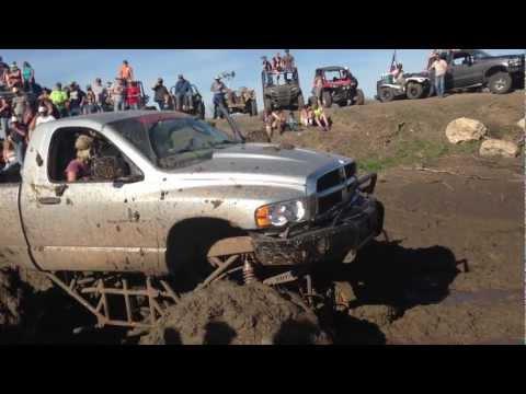 Rednecks with Paychecks 2013 bounty hole Sweet SRT10 mudtruck!
