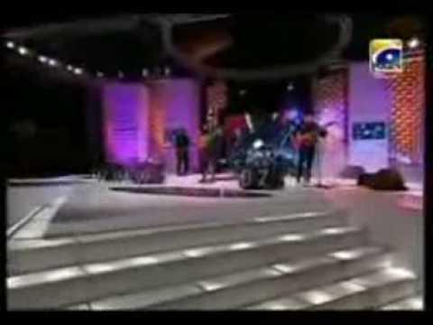 Video  Atif Aslam live at LSA Awards 2008 - Tribute to Reshma...