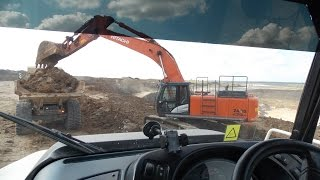 Hitachi Zaxis 470 LC-5G loading Terex TA 400 ADT`s part 4