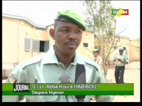 le Capitaine Amadou Sanogo chez les officiers stagiaires de la gendarmerie de Faladjé
