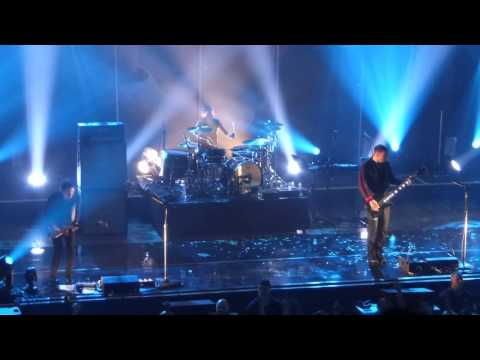 Muse - Hysteria (interlude Intro) Live  The Great Hall Exeter (20th March 2015) video