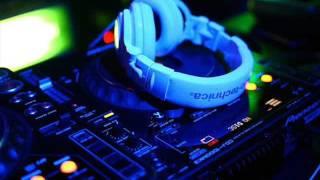 DJ ADE MONIKA VS DJ ADE KAKA JATUH CINTA MIX 2016