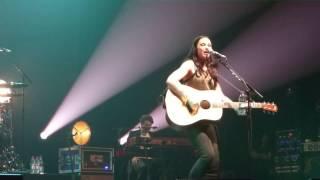 Watch Amy Macdonald Slow It Down video