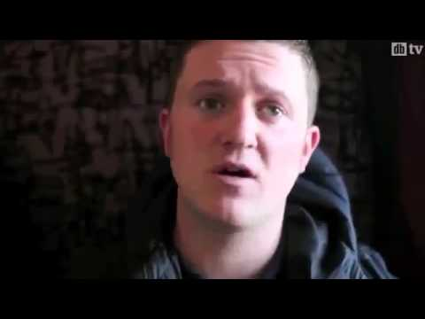 EDL - Tommy Robinson Drives Through Luton Get a Grip You Inbred...