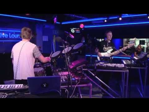Disclosure - You & Me ft Eliza Doolittle (Live Lounge)