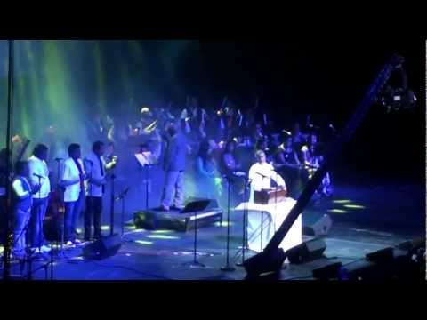 Ilayaraja At New Jersey Opening The Concert With Janani Janani video