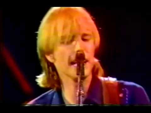 Tom Petty - A One Story Town