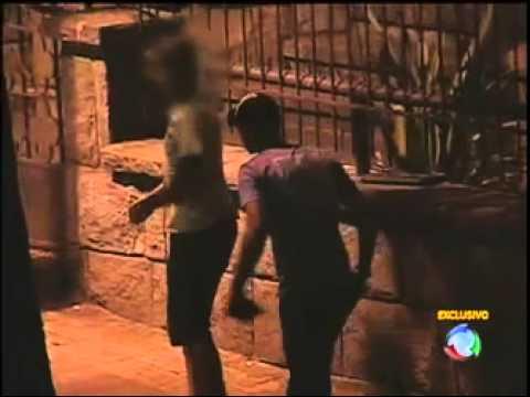 Sexo explícito no meio da rua em Belo Horizonte (MG) [ Rede Record ]