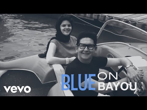 Roy Orbison, The Royal Philharmonic Orchestra - Blue Bayou (Lyric Video) MP3