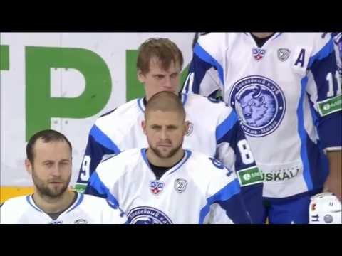 Гимн Белорусской ССР перед началом матча СКА - Динамо Минск