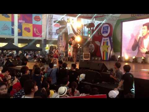 Lovesickseason2 @Thai-Japan anime music festival 15/03/58