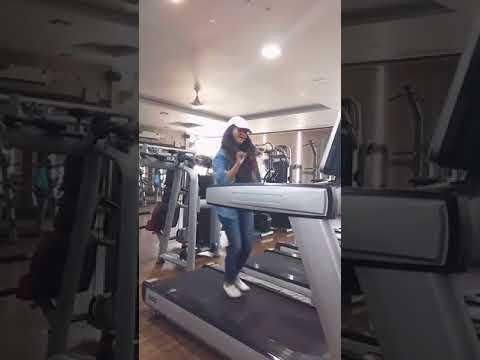 Girl Dancing in gym on Sunanda Sharma Song pyar kardi chan ve