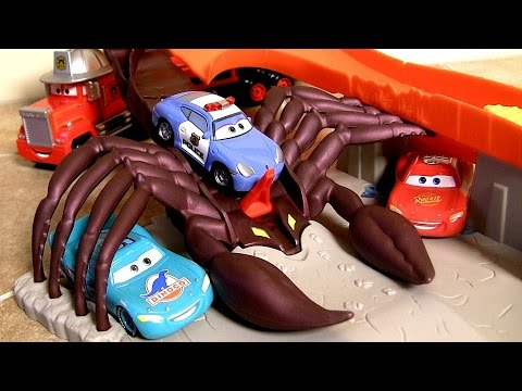 Hot Wheels Scorpion Takedown Race Track Disney Pixar Cars Tomica Takara Tomy  タカラトミー