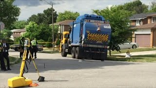 Police trying to identify woman fatally struck by garbage truck in North York