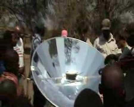 Wanderlust travel magazine - Solar cooker in Zambia