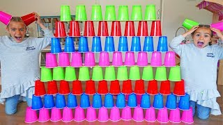 GISELE PRETEND PLAY WITH COLORED CUPS WITH BABY!! KIDS VIDEOS WITH TOYS BY LAS RATITAS