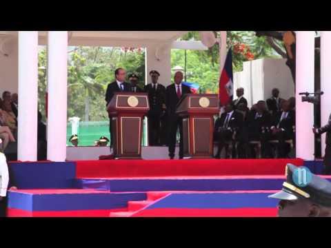 Le Président français François Hollande visite Haïti