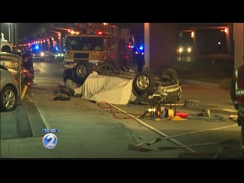 Police investigating fatal accident on Nimitz Highway