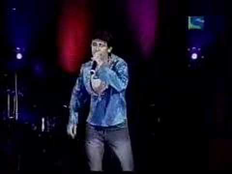 Sonu Nigam Live - Satrangi Re