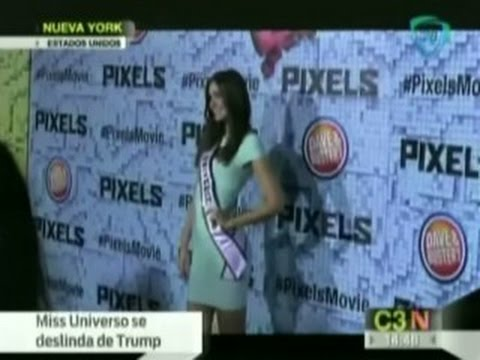 Miss Universo Paulina Vega en el Estreno de Pixels Movie
