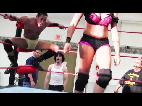 "Beyond Wrestling - [Preview #3] Darius Carter vs. Marti Belle - ""Burst The Bubble"" Intergender Mixed"