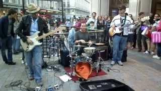 FREEBIRD by anonymous buskers, filmed on a Nokia 808