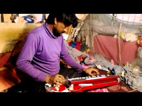 Milti Hai Zindagi Mein Mohabbat Kabhi Kabhi Hindi Song On Bulbul Tarang Banjo video
