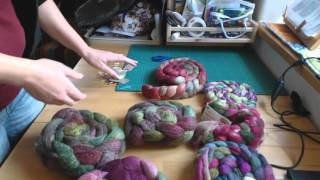 "The PassioKnit Spinner Podcast- Bonusepisode 2 ""mixing fiber for a sweater combo spin"""