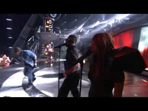 Kanye West-heartless +american Idol Performance+ video