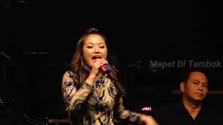 Siti Badriah Goyang Dua Jari Sandrina Live At Ice Bsd Pri 2018