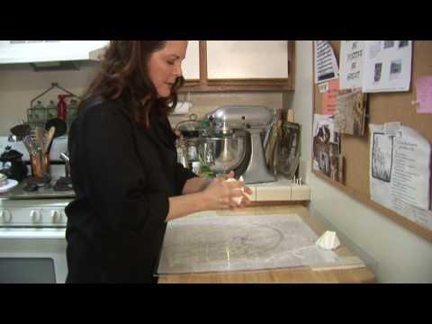Cake Decorating How to Make Homemade Wedding Cakes