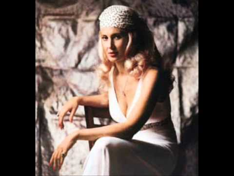 Tammy Wynette - Cheatin Is