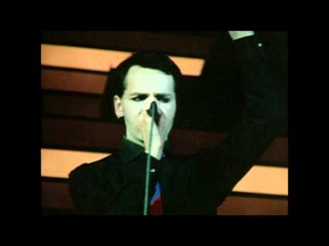 Gary Numan - Remember I Was Vapour